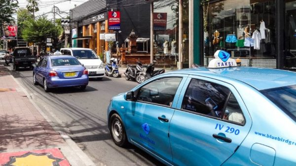 Bali Bluebird Taxi