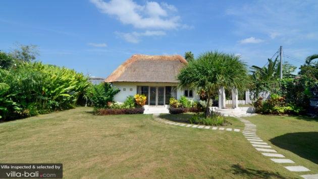 Best family villas bali - Villa Kami