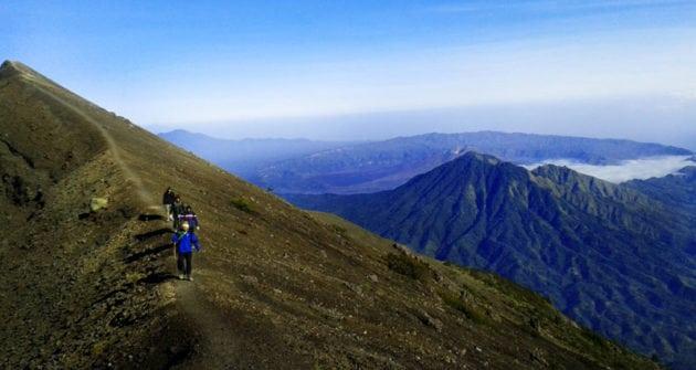 bali hiking trail Agung