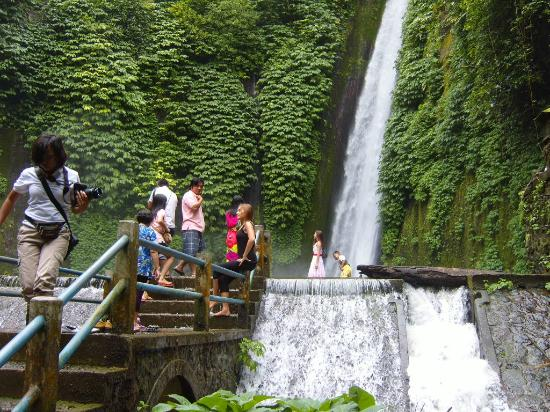 Munduk Hiking Waterfall - bali hiking