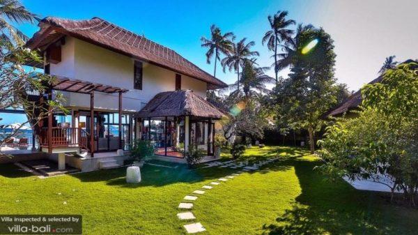 Candidasa villa