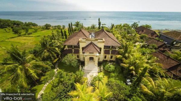 Villa pantai Amed