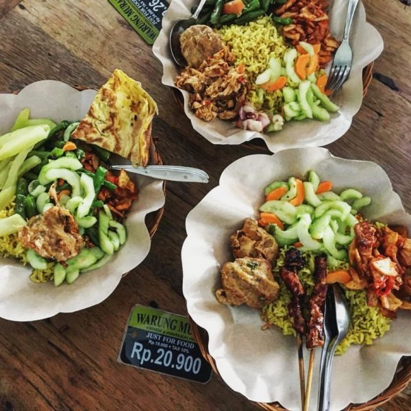where to eat in Double Six Seminyak