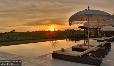 villas with stunning niews in Bali