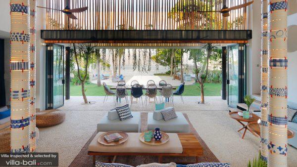 villas near gorgeous surf beaches